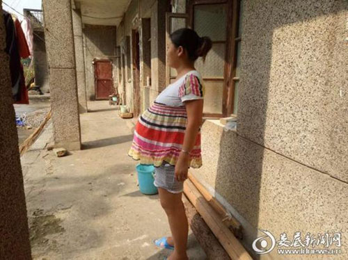 la ky nguoi phu nu trung quoc mang thai 17 thang van chua sinh con - 1