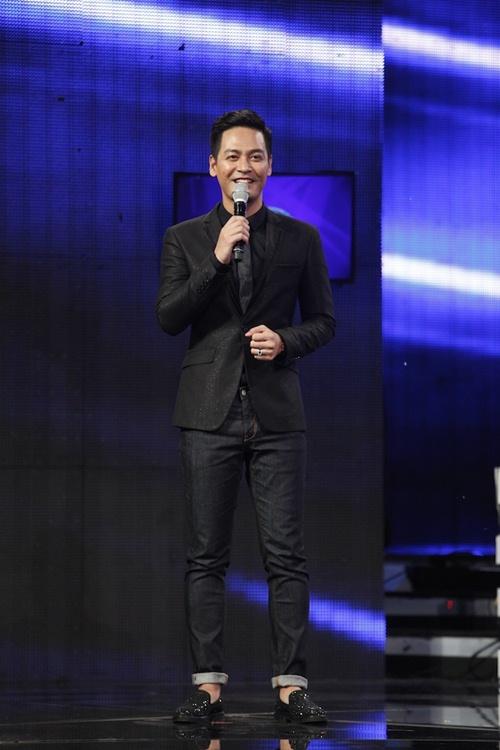 vietnam idol: co gai ngoai quoc lam thu minh, bang kieu nghe khong hieu van ngat ngay - 2