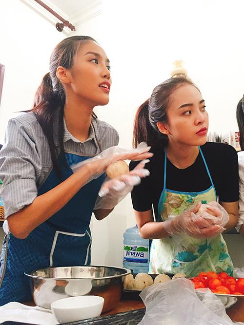team lan khue lam banh trung thu tang tre em ngheo - 6