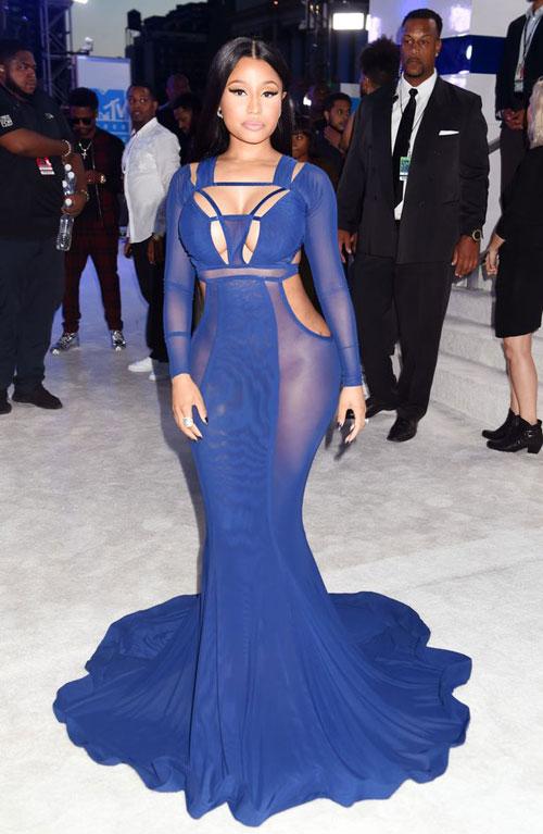 """lac mat"" ngam kim kardashian dien do xuyen thau toi mtv video music awards - 6"