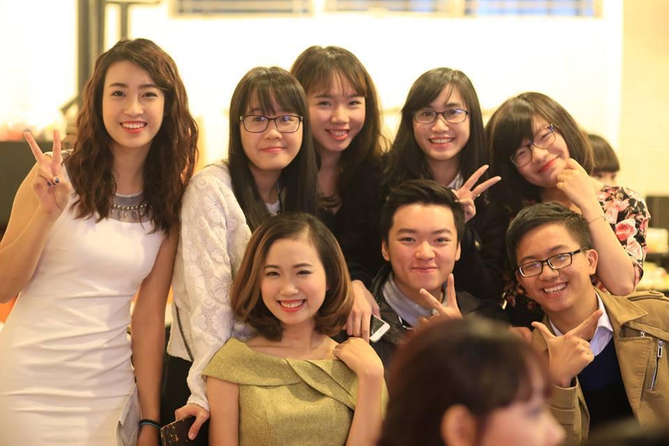 """""""lo dao tao hoa hau"""" mat tay tai truong dai hoc ngoai thuong - 3"""