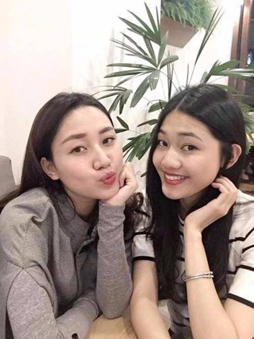 """3 cặp chị em """"chân dài"""" đình đám showbiz Việt-5"""