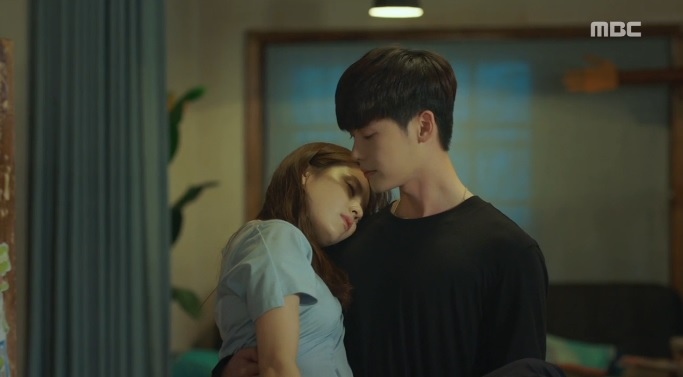 """Hai thế giới tập 12: Suýt nữa, Lee Jong Suk biến thành nam phụ """"số nhọ""""-4"""
