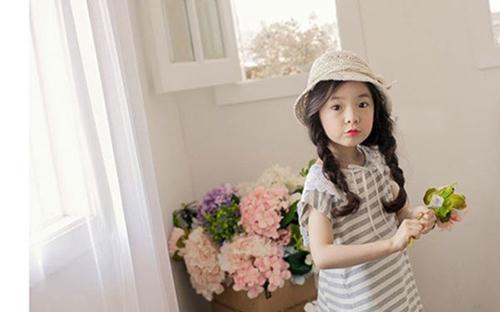 Những kiểu tóc đẹp ngày khai giảng cho bé gái các mẹ đừng quên-1