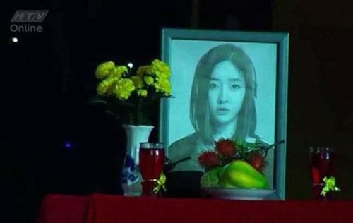 """Trấn Thành lại dính """"phốt"""" khi dùng hình ca sĩ Hàn Quốc làm... ảnh thờ-2"""
