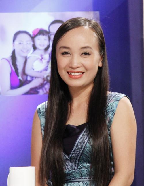 Vợ ca sĩ Tấn Minh bối rối khi con trai đầu lòng ở tuổi dậy thì-2