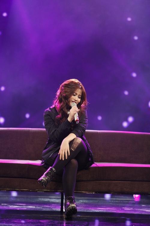 Vietnam Idol: Thu Minh diện váy lộng lẫy, bất ngờ hát tặng khán giả-13