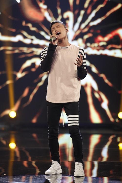 Vietnam Idol: Thu Minh diện váy lộng lẫy, bất ngờ hát tặng khán giả-19