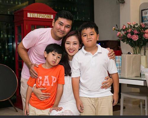 "a hau thu huong: khong co bat con hoc gioi de xung la ""con nha nguoi ta"" - 4"