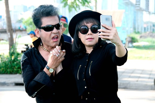 "thanh bach vo tu thay do giua chon dong nguoi, cung viet huong gay ""nao loan"" - 5"