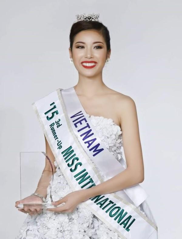 vietnam's next top model: 4 nguoi dep nay deu om mong ca hoa hau lan nguoi mau - 10