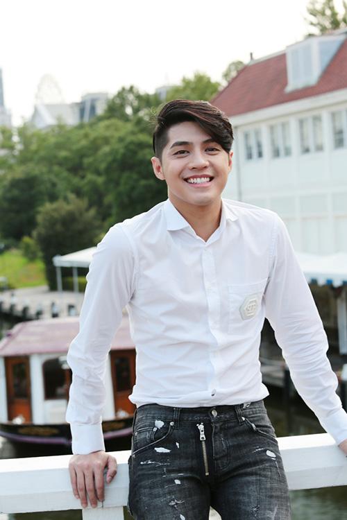 "noo phuoc thinh cung ""ban gai"" di truc thang kham pha nuoc nhat - 6"