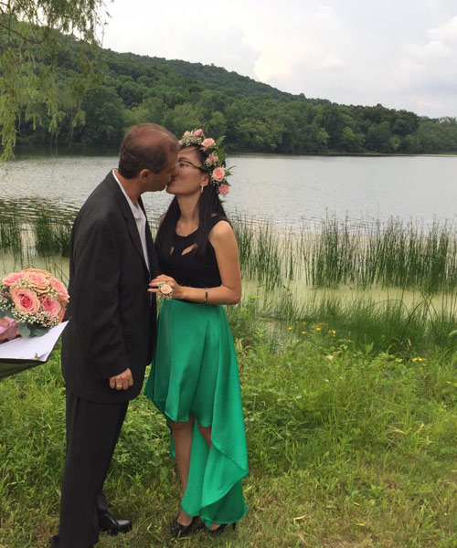 4 năm yêu xa, 3 lần gặp gỡ và hôn nhân hạnh phúc bên chồng Tây hơn 23 tuổi-6