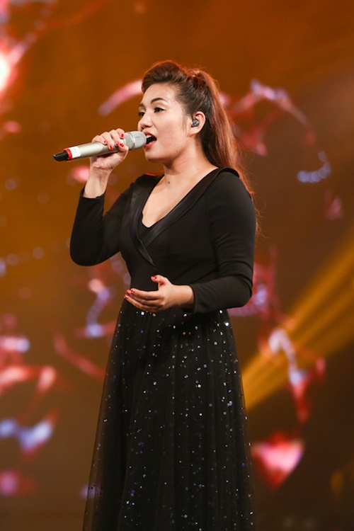 "vietnam idol: bang kieu buon cuoi khi thi sinh mat ""dan"" ra vi co nghiem tuc - 15"