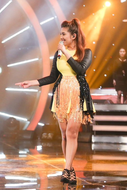 "vietnam idol: bang kieu buon cuoi khi thi sinh mat ""dan"" ra vi co nghiem tuc - 10"