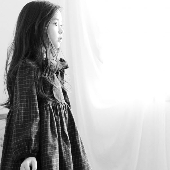 """Đứng tim trước vẻ đẹp trong sáng của """"thiên thần buồn"""" 6 tuổi-10"""