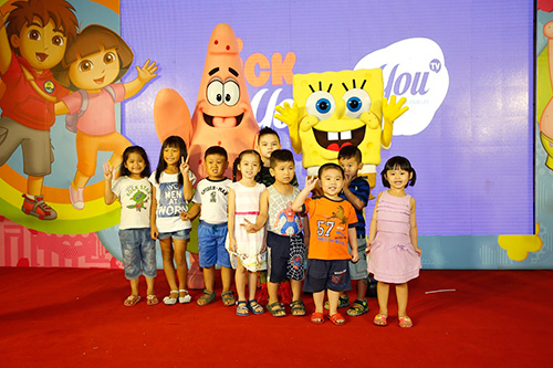 fan nhi sai thanh nuc long truoc su de thuong cua spongebob va patrick - 2