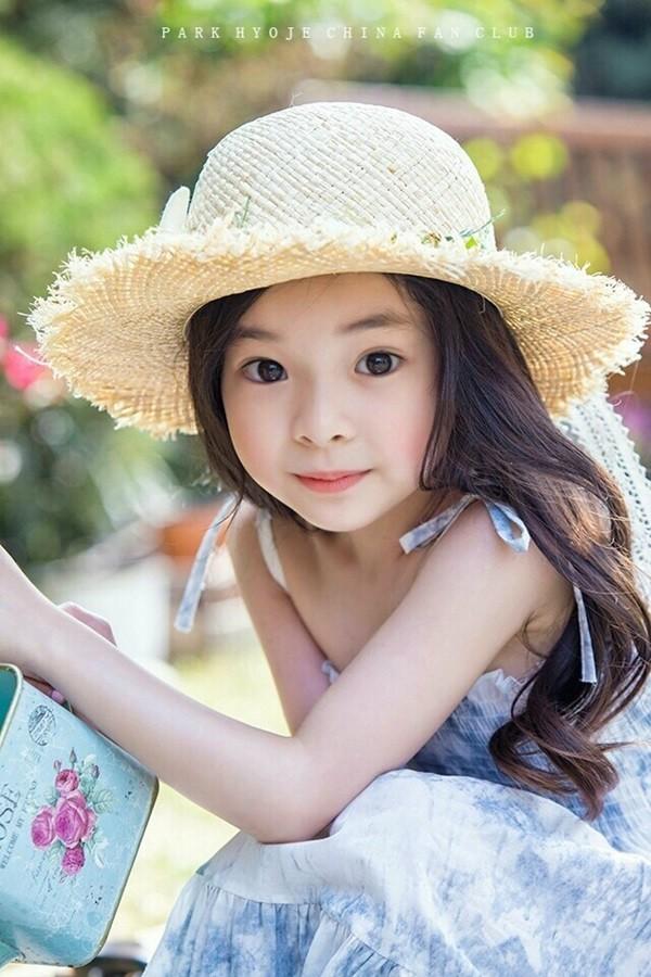 """Đứng tim trước vẻ đẹp trong sáng của """"thiên thần buồn"""" 6 tuổi-15"""