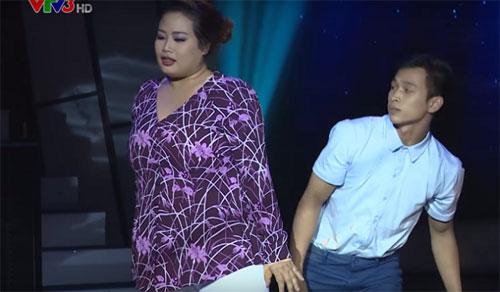 "tv show tuan qua: bang kieu thay thi sinh ""mat dan"", tran thanh bi ""nem da"" tai vtv awards - 11"