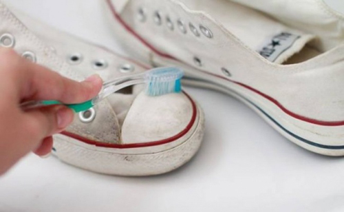 12 công dụng tuyệt vời của kem đánh răng mà bạn chưa biết đến-4