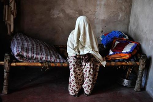 Ấn Độ: Hai chị em bị cưỡng hiếp tập thể vì nghi ăn thịt bò-1