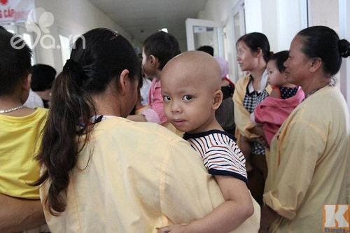 """""""con uoc khong phai don tet trung thu o benh vien...."""" - 5"""