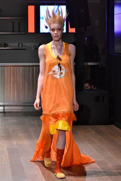 Đôi giày hai đầu tại New York FW khiến giới thời trang xôn xao - 7