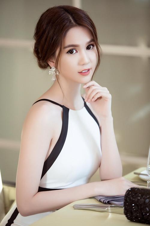 "ngoc trinh dang can nhac 2 du an phim sau ""vong eo 56"" - 1"