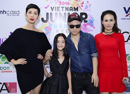 50 mẫu nhí sẵn sàng cho tuần lễ thời trang trẻ em đầu tiên ở Việt Nam-12