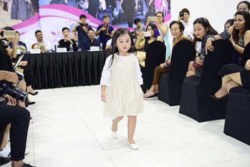 50 mẫu nhí sẵn sàng cho tuần lễ thời trang trẻ em đầu tiên ở Việt Nam-3