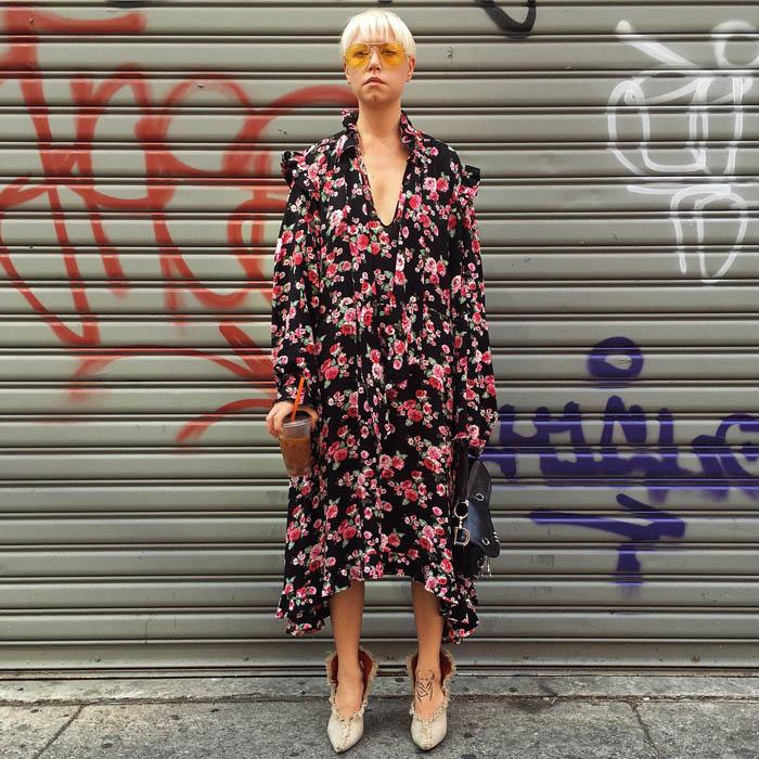 Tuần lễ thời trang New York: Váy áo lập dị thống lĩnh đường phố-18