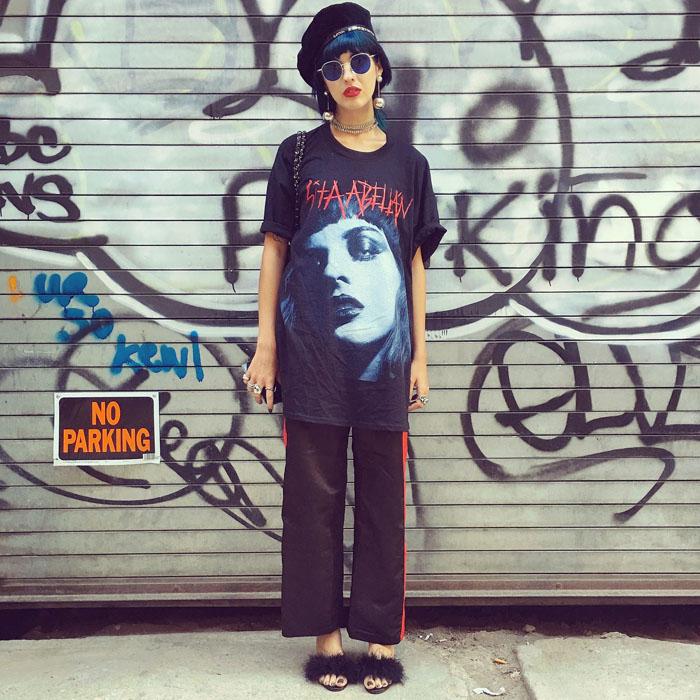 Tuần lễ thời trang New York: Váy áo lập dị thống lĩnh đường phố-6