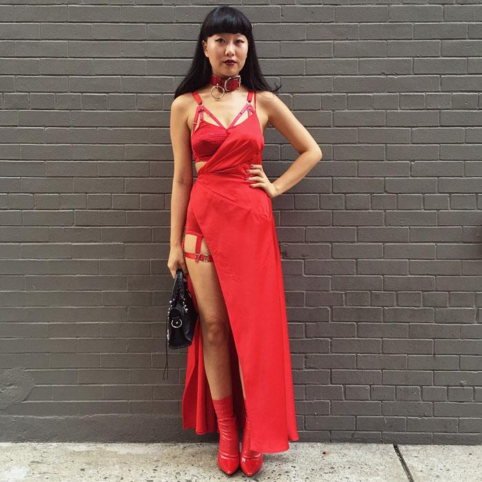 Tuần lễ thời trang New York: Váy áo lập dị thống lĩnh đường phố-14