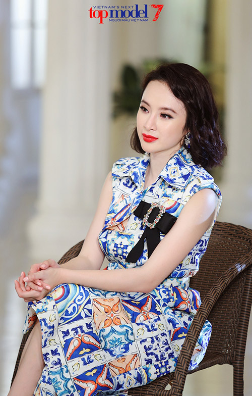 Angela Phương Trinh gây tò mò khi bất ngờ làm cô giáo - 5