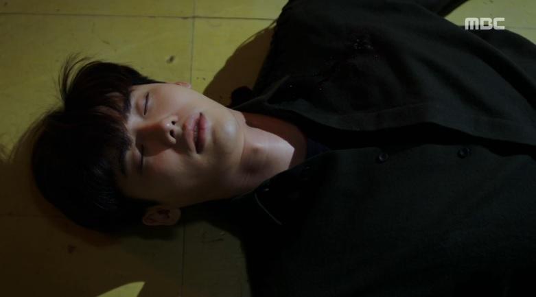 Hai thế giới tập cuối: Cái giá đắt cho hạnh phúc của Lee Jong Suk và Han Hyo Joo-3