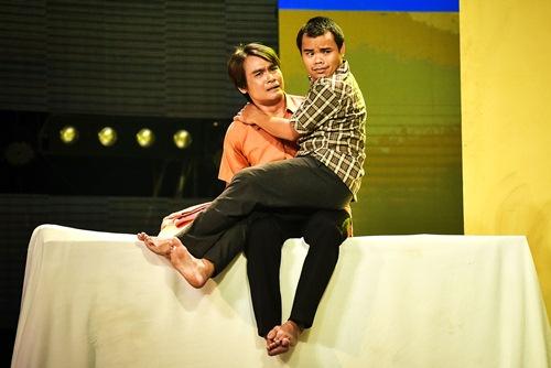 "lang hai mo hoi: nghe si kim tu long, viet huong ron toc gay vi ""rung tu sat"" - 9"