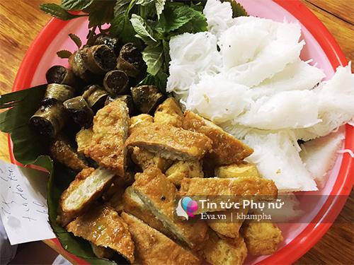 no day bung voi 10 mon ngon khong the bo lo o khu pho di bo ho guom - 5