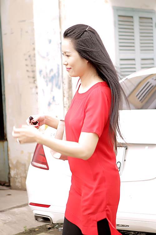 trinh kim chi lai xe hop 5 ty chong tang di lam giam khao - 10
