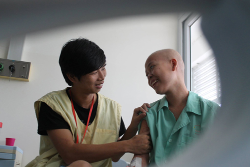 thuy hang – co gai ung thu voi chuyen tinh 7 nam da khep lai cuoc doi - 3