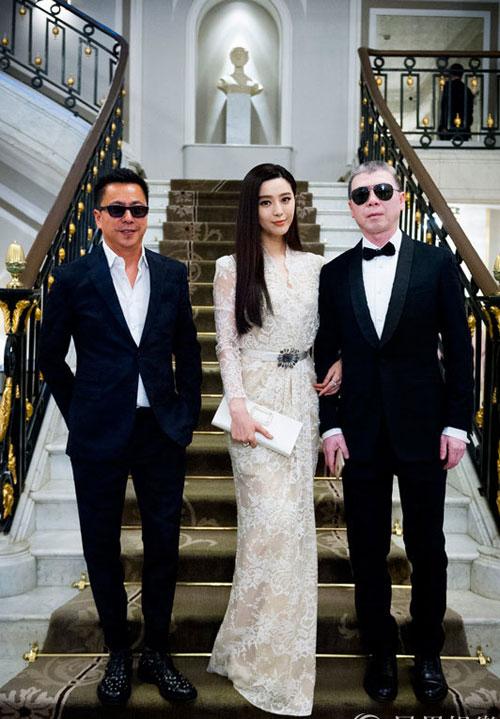 pham bang bang dien vay xe tao bao khoe chan dai nuot na - 3
