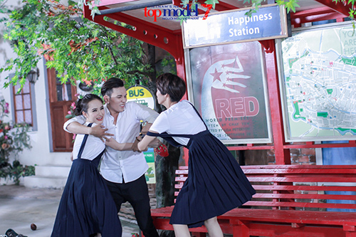 angela phuong trinh e ngai voi nhung doi thu dang gom - 5