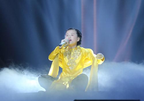 """tv show tuan qua: dong nhi - ong cao thang bat khoc, pham huong thoi """"vai ac"""" - 3"""