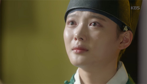 may hoa anh trang tap 9: kim yoo jung cong khai phan nu nhi truoc mat nguoi yeu - 4