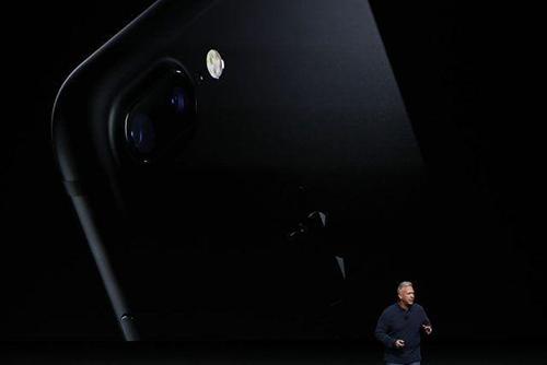 tong hop nhung tin don ve iphone 8 va macbook pro moi - 3