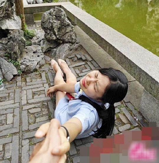 "chang trai loi ban gai le let khap the gian gay ""bao"" - 8"