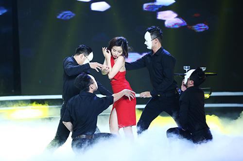 "phuong anh idol bi ton thuong vi khan gia che ""map"" - 2"