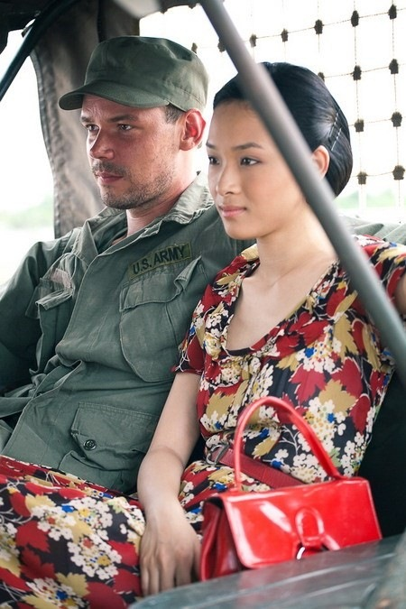 ve dep dam chat dien anh cua truong ho phuong nga trong phim duy nhat - 2