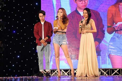 """huong giang idol """"dot mat"""" khan gia boi eo thon, dang chuan, nguc day - 5"""