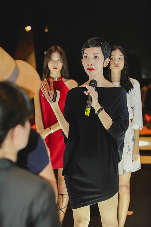 lan khue, mai ngo cung nhau tap catwalk chuan bi dien elle show - 8