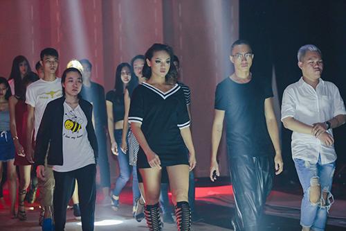 lan khue, mai ngo cung nhau tap catwalk chuan bi dien elle show - 3